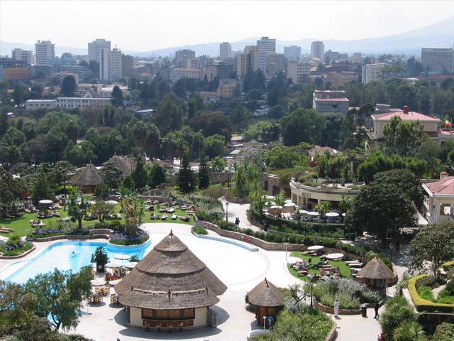 Столица Эфиопии город Аддис-Абеба (Addis Ababa) была основана в 1887г. как императорская резиденция. В переводе ее название означает «Новый цветок», но часто ее называют столицей Африки, новым Парижем, городом роз. Этот шумный африканский мегаполис соединил в себе современную цивилизацию и архаику.