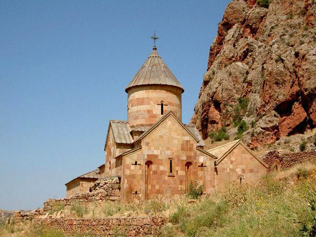 Древний храм в Армении