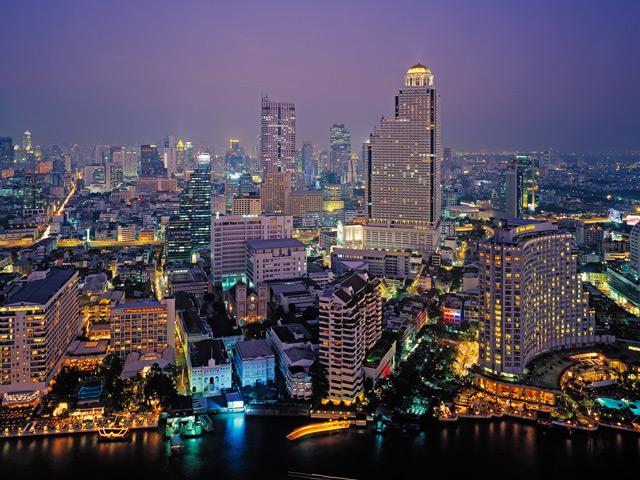 Бангкок (Bangkok) – один из самых быстрорастущих и красивых городов Азии, столица и культурный центр Таиланда. Его название зарегистрировано в Книге рекордов Гиннеса как одно из самых длинных в мире, так как состоит из 20 тайских слов.
