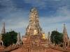 Уникальный дар достался Таиланду в наследство от древних королей. Некогда один из богатейших городов Азии, Аюттхая поражает и сейчас роскошью дворцов и витиеватыми украшениями храмов. Большое количество каналов придает ему сходство с Венецией.