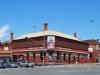 Балларат (Ballarat) – город, хорошо известный своим богатым историческим прошлым. Находится на юге Австралии в штате Виктория. На месте, где сейчас располагается город, в 1838 году была заложена станция с названием Балларат, что в переводе означает «покой».
