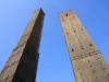 . Вот так и получилось, что в связи с несоблюдением инженерных расчетов обе башни получили наклон. Да такой, что чуть не обрушились. Сейчас только Азинелла открыта для туристов.