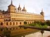 Покои самого короля почти аскетичны, но для украшения остальных дворцовых помещений были  приглашены лучшие декораторы и художники.  Филипп  покровительствовал художникам и писателям.
