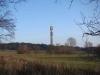 Завершить посещение башни можно прогулкой по экологически чистому парку, который находится возле неё и предлагает все составляющие для пешеходного туризма: прозрачный воздух, пение птиц и уютные тенистые дорожки.