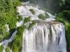 . Чаще всего, водопад включают в период между 12.00 и 13.00, а также ночью. Сначала звучит громкий сигнал, потом открываются ворота и вода спадает вниз. Римляне создали водопад, чтобы осушить болото, которое препятствовало жизнедеятельности жителей небольшого соседствующего городка.