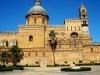 Одной из жемчужин города считают Норманнский дворец. На его территории расположена Капелла Палантина, украшенная бесподобной византийской мозаикой. В центре города находится маньеристский фонтан, вызывающий восторг своей неподражаемостью и красотой.