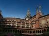 В 1361 году в Павии открылся университет, ставший лучшим во всей Западной Европе в те времена. Непосредственно с ним связано имя итальянского ученого Алессандро Вольты. Павия до сих пор сохранила свой средневековый облик.