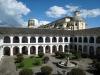 Достопримечательностями города считаются старинные монастыри Санто-Доминго и Сан-Августин, монетный двор (1749–1822), часовня Белен и древний собор. Симпатичные светлые особняки способствовали тому, что Попаян стали называть «белым городом».