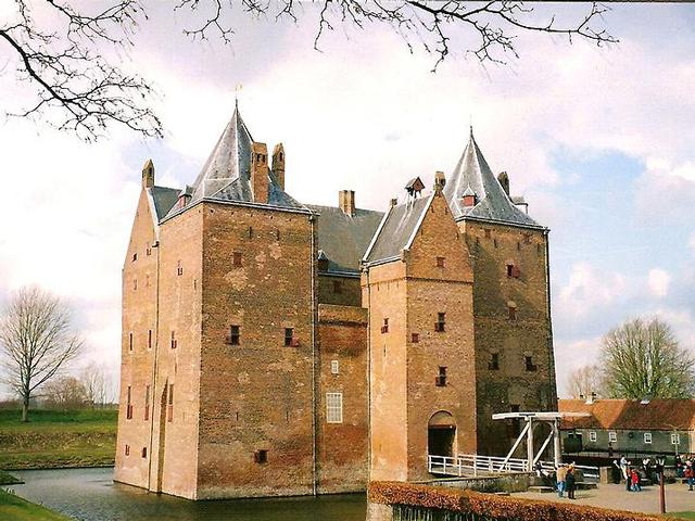 Во время военных действий неприступные стены Лёвештейна выступали в качестве фортеции, а в половодье становились и вовсе неприступны, так как в случае разлива рек Лёвештейн становился островом.