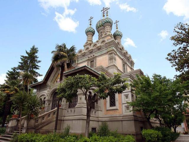 В начале XX века во Флоренции была построена удивительная Русская церковь, строительство которой было организовано зажиточными знатными людьми, проводившими свой отдых в солнечной Италии.
