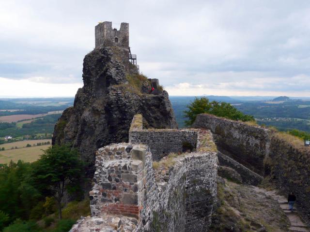 Дата возведения этой крепости до сих пор неизвестна. Есть упоминания о ней, относящиеся к летописи конца XIV века.