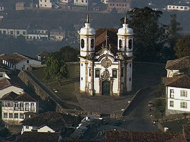В далекой Бразилии, в городе Оуру-Прето находится один из шедевров католической храмовой архитектуры – церковь святого Франциска Ассизского.