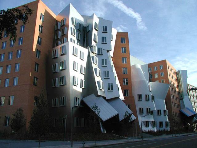 Институт действительно выглядит необычно – со стороны создается впечатление, что он вот-вот упадет. При этом некоторые фрагменты сооружения окрашены в яркие цвета, другие сделаны из стали с отражающей поверхностью или кирпича.