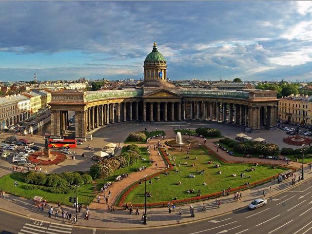 http://www.zoomex.ru/sites/default/files/users/user1/chodesa/kazanskij_sobor01_zoom.jpg