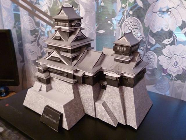 Проведенные дополнения декора и тщательная обработка помещений и внешнего вида здания приблизили замок к его первоначальному виду.