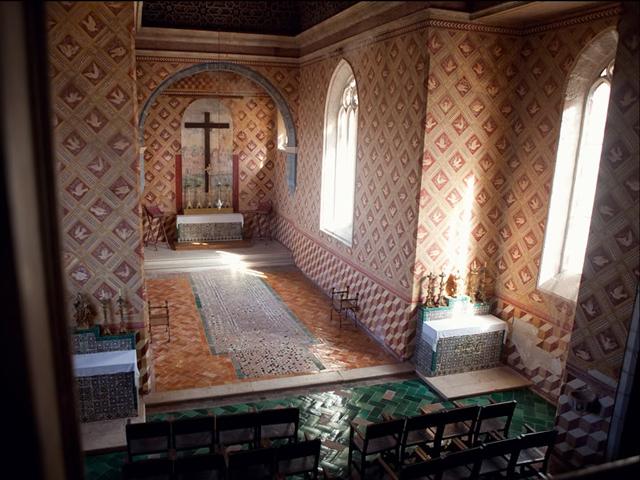 Строили дворец Пена для того, чтобы жить в нем в летнее время, поэтому в этот проект вкладывались огромные суммы денег. Из-за этого здание очень популярно в Европе и внесено в список чудес Португалии.