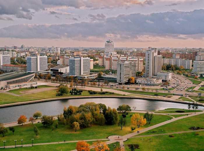 Вся территория Беларуси разделена на 6 областей и, как везде в странах бывшего СССР, область делится на районы. Шесть областей – шесть областных городов: Гомель, Могилев, Минск, Витебск, Гродно, Брест.