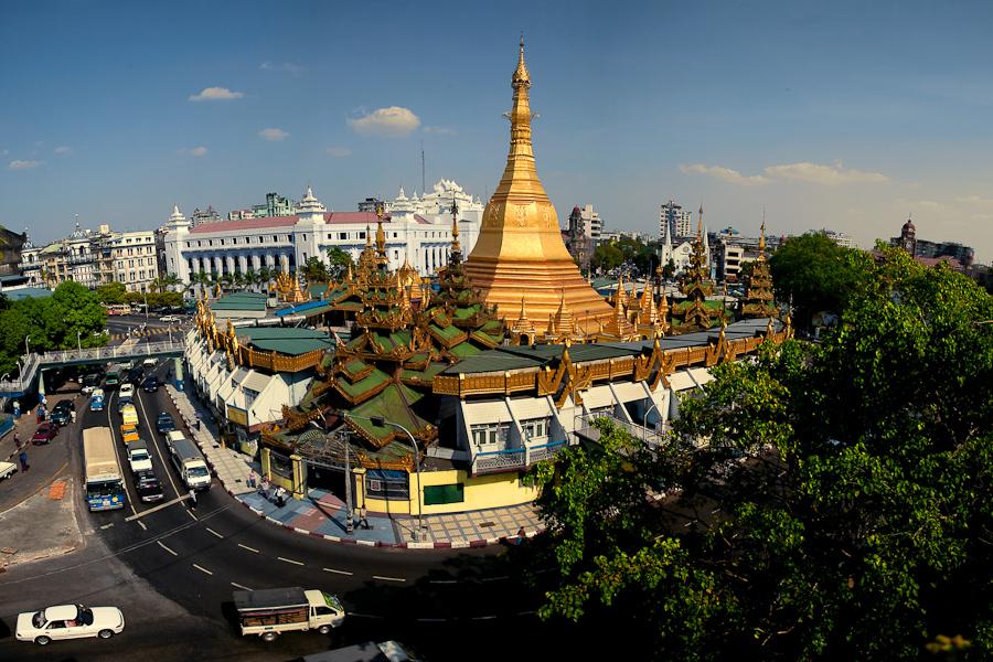 Представители почти 135 народностей проживают на территории Мьянмы.