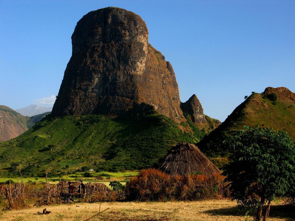 Северная часть нагорья – самая высокая. Здесь расположена высочайшая горная вершина страны, достигающая 4620 м - Рас-Дашен.