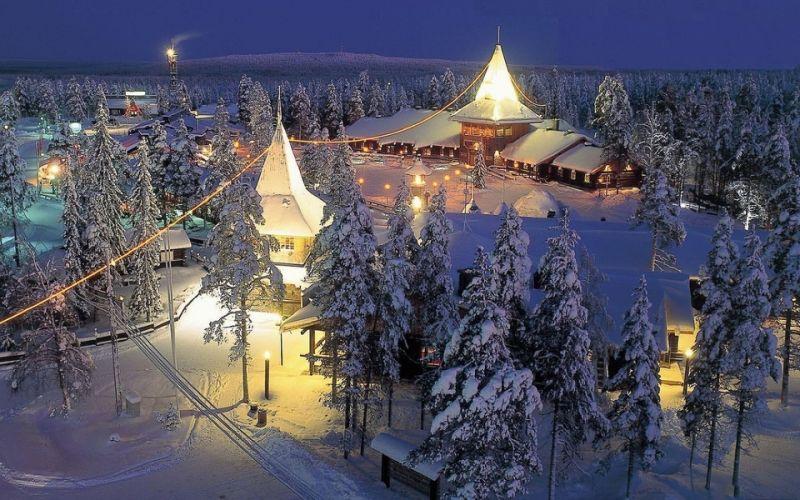 Климат Финляндии определяется тем, что большая часть ее находится за полярным кругом. Летом  максимальная температура достигает +30°С, а зимой - 20°С, средняя температура на юге страны летом - около 16° С. В феврале – средняя температура на юге Финляндии составляет около - 9° С.